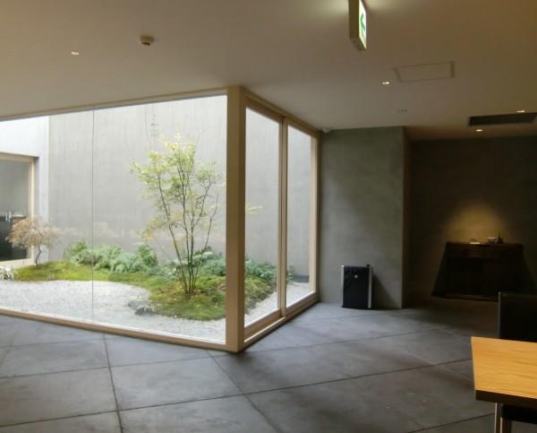 カフェ日本庭園